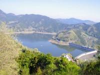 城峯公園から見る下久保ダム